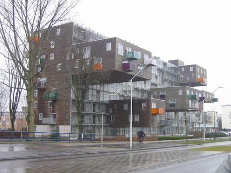 Edificio tipo tetris